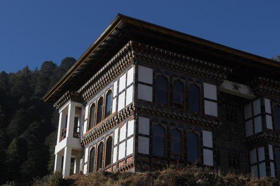 Dewachen Hotel: Sideview