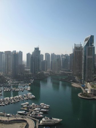 Dubai Marriott Harbour Hotel & Suites: view from the room