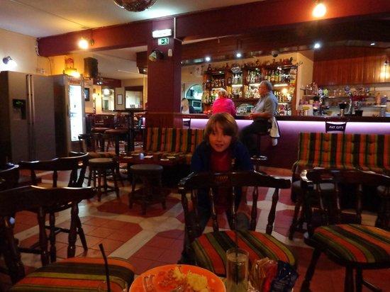 Fat Cat's: Bar area