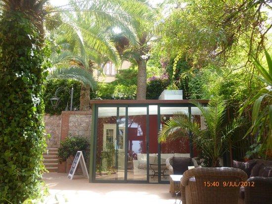 Hotel La Pensione Svizzera: courtyard