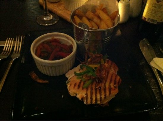 Classico: Grilled Chicken Breast With a Pizzaiola Sauce & a bucket of Homemade Chunky Chips