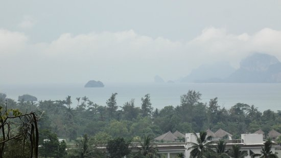Vogue Resort & Spa Ao Nang: Rainy Day - Premier Deluxe Room