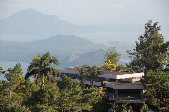 Summit Ridge Tagaytay: taal view from veranda