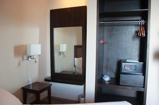 Summit Ridge Tagaytay: master bedroom