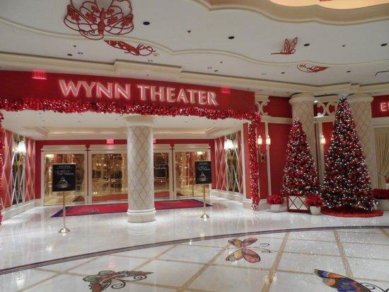 Decor picture of encore at wynn las vegas tripadvisor for Wynn hotel decor