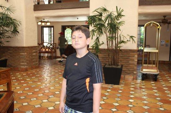 Radisson Suites Hotel Buena Park: lobby