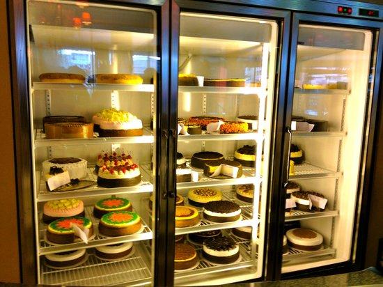 Cakes In Katipunan