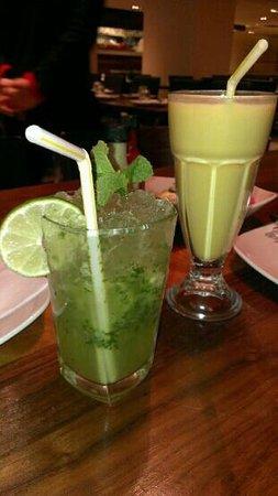 Giftos Lahore Karahi: minty lemonade and mango lassi, just perfect