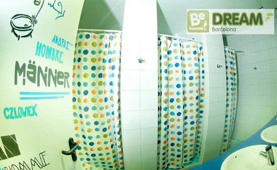 Be Dream Hostel : Common bathroom