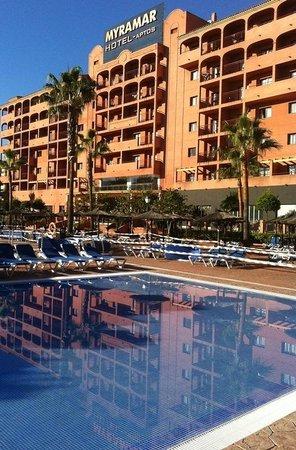 Myramar Fuengirola Hotel: Hotel gezien vanaf het terrein