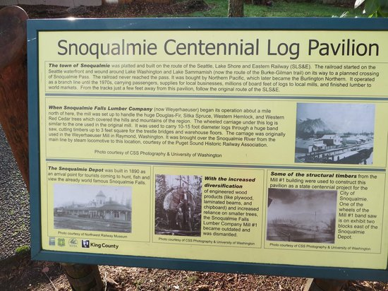 Northwest Railway Museum: description of the tree trunk - centenntial tree