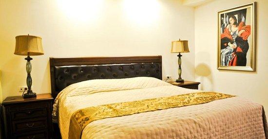 Hotel Duvet : Business room bed