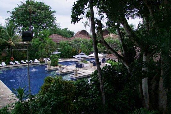 薩努爾美居度假村照片