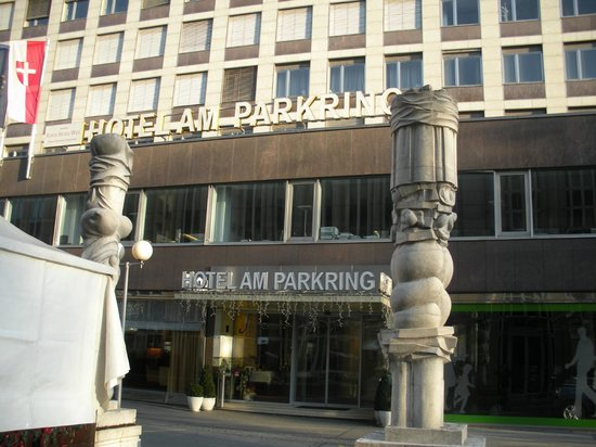 Hotel Am Parkring: hotel entrance