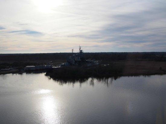 Hilton Wilmington Riverside : USS North Carolina