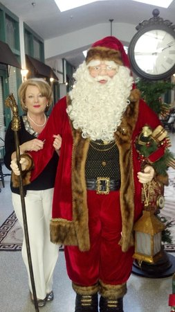The Hotel Jacaranda: Santa in the Arcade 2012