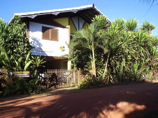 Shanti House : casa praia do forte