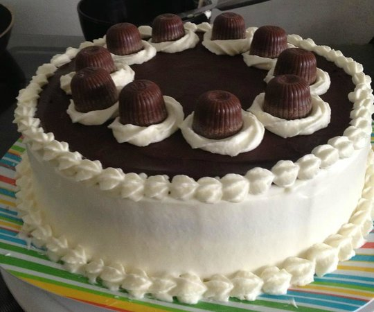 Coffee Cup: Black Forest Cake