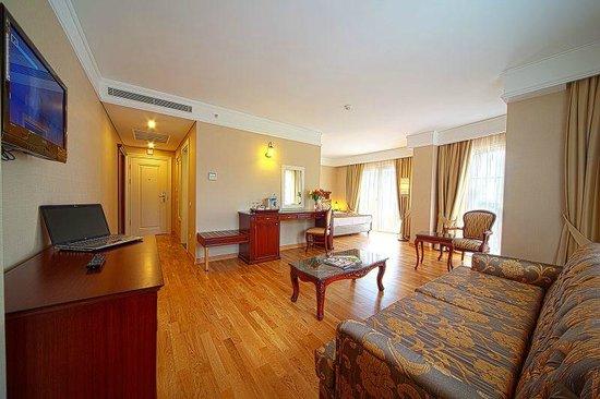 Recital hotel istanbul arvostelut sek hintavertailu tripadvisor for Grand naki hotel