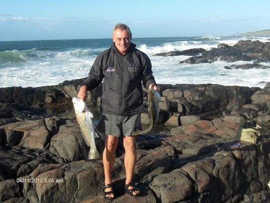 Kob Inn Beach Resort: Fishing
