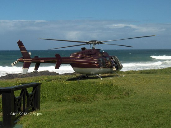 Kob Inn Beach Resort: Fly in on your own helicopter for a drink