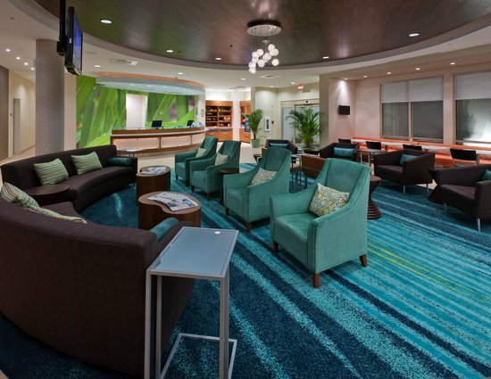 SpringHill Suites Lafayette South at River Ranch: Lobby