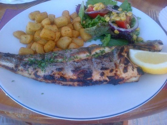 AlmaVerde Village & Spa: Another fresh Seabass