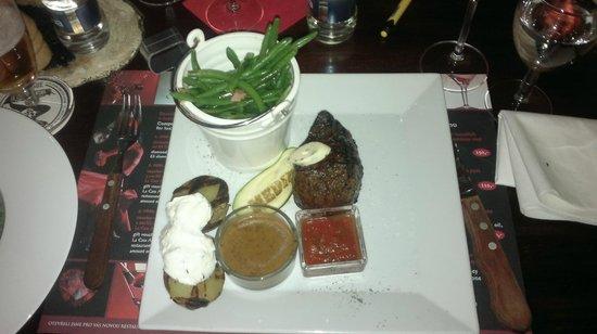 Hotel Bergjuwel: Dessert at dinner