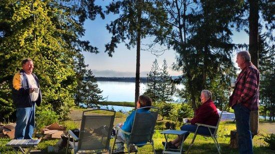 living forest oceanside campground rv nanaimo. Black Bedroom Furniture Sets. Home Design Ideas