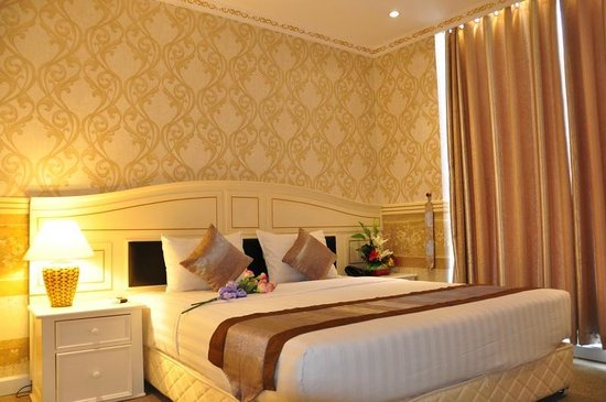 Golden Crown Hotel : Superior Double Bed
