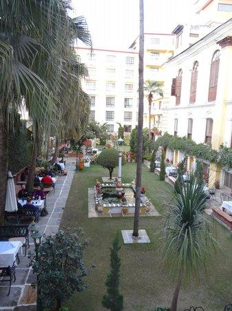 Kathmandu Guest House: Garden