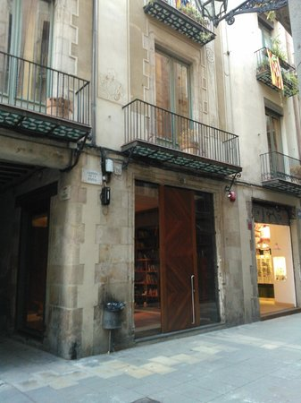 Mercer House Boria BCN: Front Of The Hotel