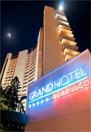 Grand Hotel Acapulco: Fachada del Grand Hotel