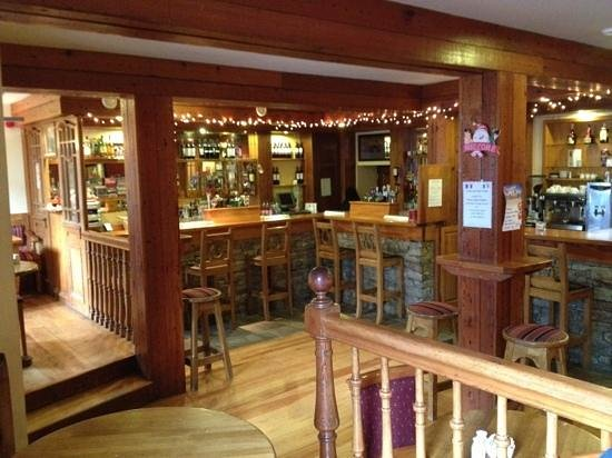 Nesbitt Arms Hotel: pub