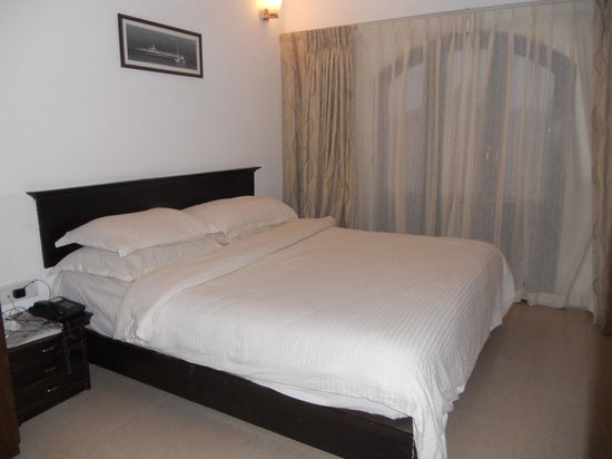 Calangute Grande: room
