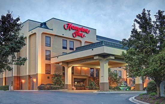 ‪هامبتون إن كنجزبورت: Hotel Exterior- Welcome to the Hampton Inn Kingsport!‬