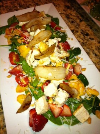 Hurricane Cafe : Spinach Salad