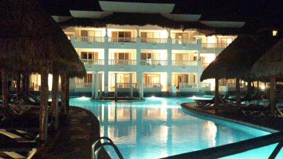 Grand Riviera Princess All Suites Resort & Spa: VISTA NOCTURNA 1