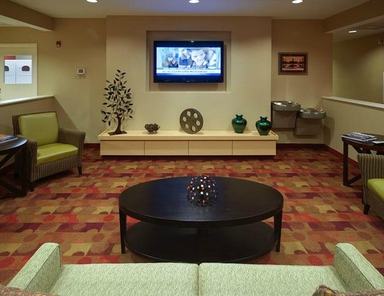 TownePlace Suites Nashville Airport: Lobby