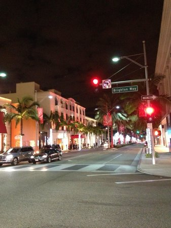 Beverly Wilshire Beverly Hills (A Four Seasons Hotel): Rodeo Drive