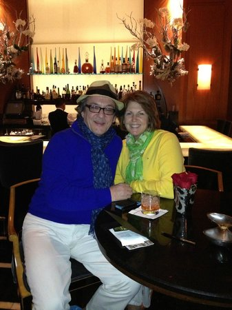 Beverly Wilshire Beverly Hills (A Four Seasons Hotel): At The Blvd bar