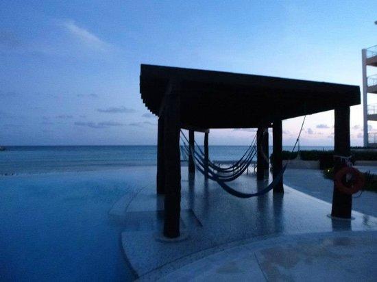 Now Jade Riviera Cancun : Preferred club pool