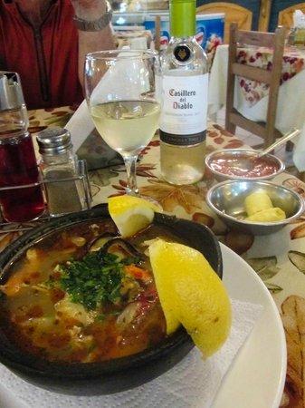 La Picada de Carlitos: Seafood soup