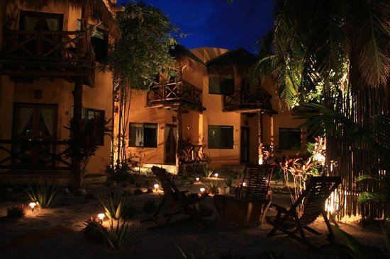 Holbox Dream Beach Front Hotel by Xperience Hotels: Calm Nights @ Holbox Dream Ehtno Comfort Hotel