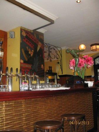 Brasserie Tresznjewski: Уютно...