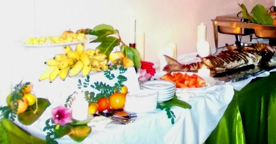 Summer Villa Guest House: Food - dinner buffet