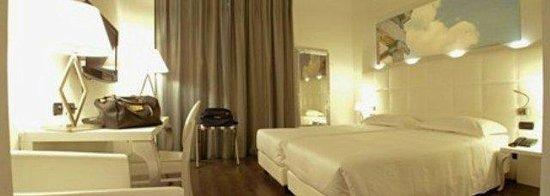 Amati design hotel zola predosa italie voir les for Hotel amati bologna