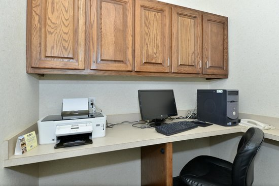 Best Western Fort Worth Inn & Suites: Business Center