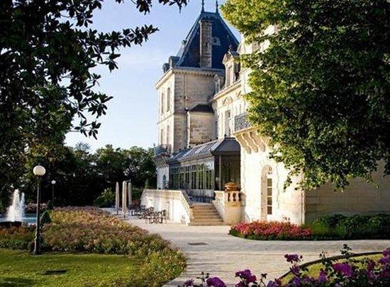 Chateau de Mirambeau照片