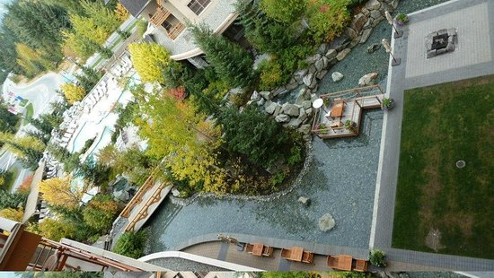 Four Seasons Resort and Residences Whistler : view down from our room to the hotel grounds...